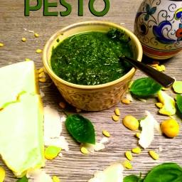Pine Nut Macadamia Pesto